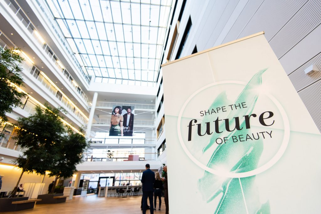 #FORWARDBEAUTYChallenge 2019: Douglas continues its contest for beauty brand and tech startups
