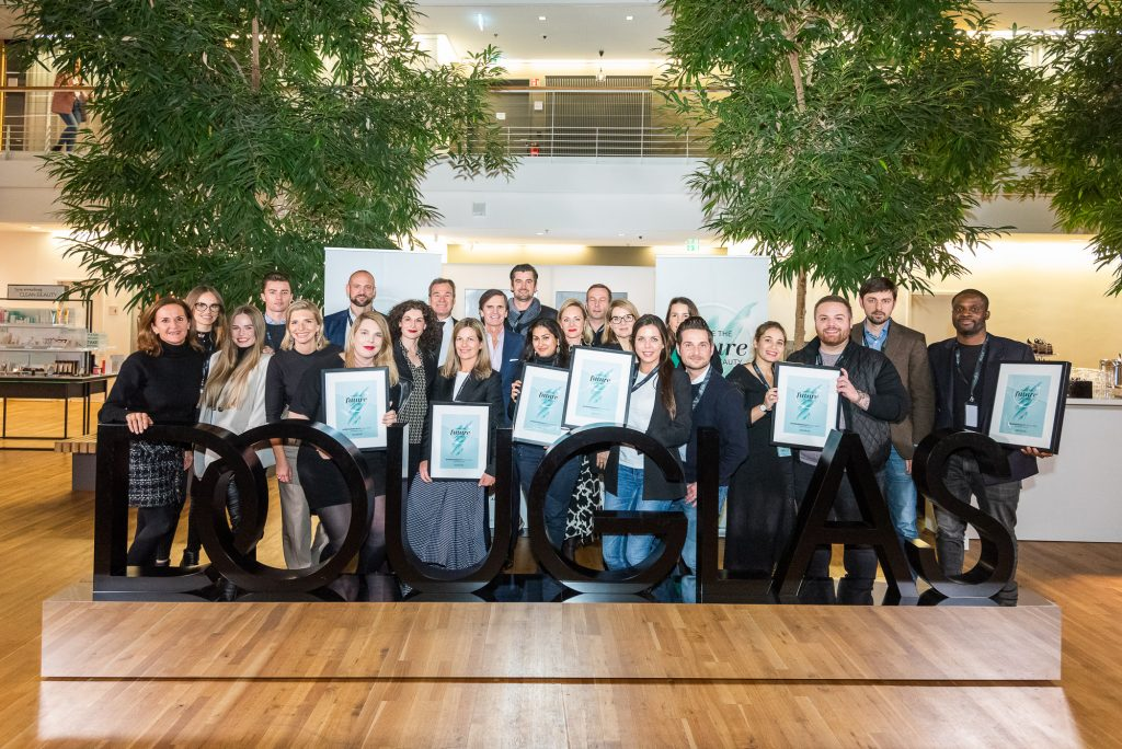 Beauty start-ups beautyself and Ave+Edam win the Douglas #FORWARDBEAUTYChallenge 2019